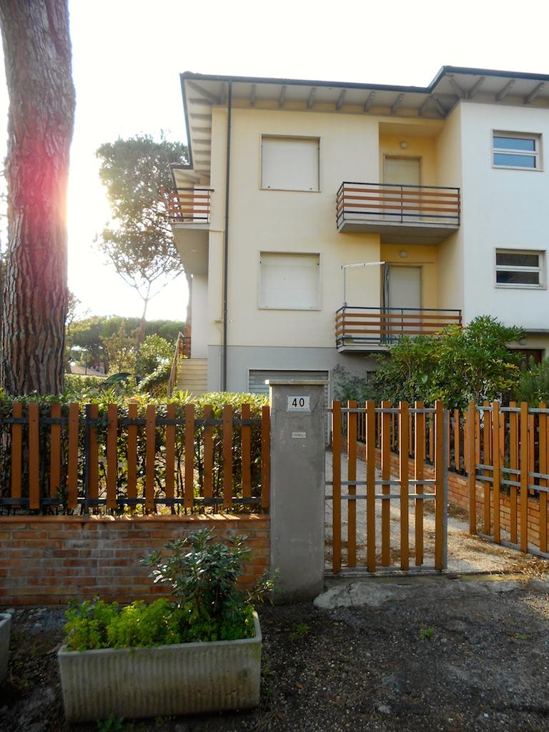 Marinetta vacanze residence marina di bibbona for Garage con i prezzi degli appartamenti loft