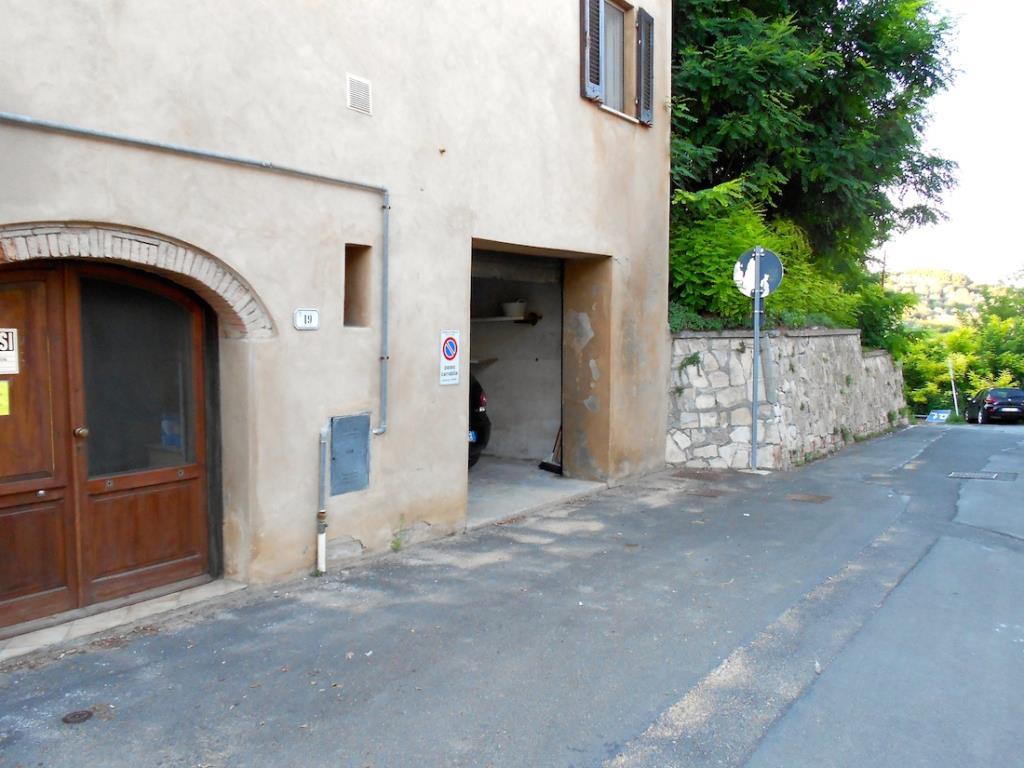 Marinetta vacanze residence marina di bibbona for Costruttori di appartamenti garage